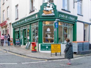 Galleon_Fish_and_Chip_shop,_Conwy._-_geograph.org.uk_-_962443[1]